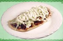 Huarache de Chorizo